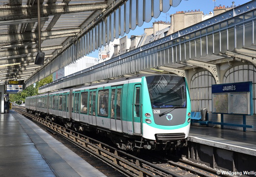 Metro Paris, MF01 028, Jaures