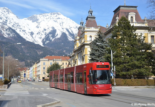 Innsbruck Tram 323, Bundesbahndirektion