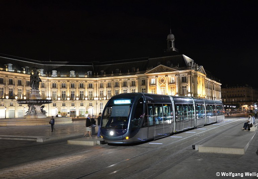 Tram Bordeaux, 2243, Place de la Bourse