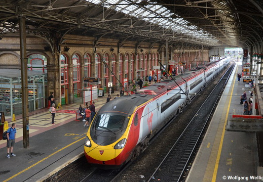 Virgin Trains 390 151, Preston