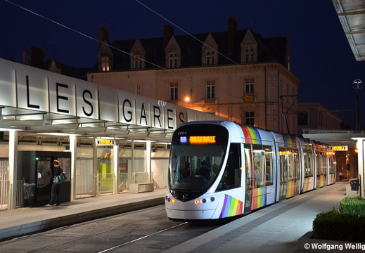 Tram Angers, 1001, Les Gares
